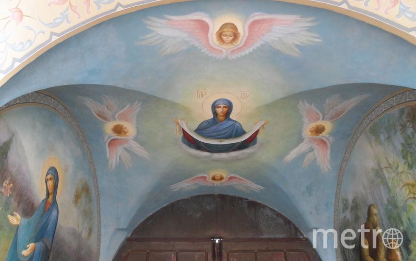 """Пюхтицкий монастырь. Фото Наталья Сидоровская , """"Metro"""""""