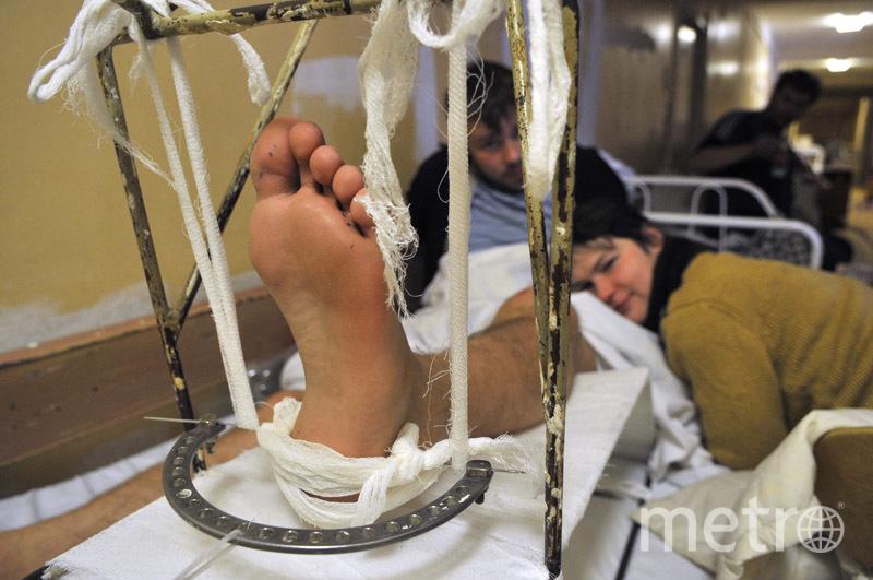 """Прокуратура Петербурга провела проверку и обнаружила, что в петербургских стационарах пациенты лежат в коридорах. Фото Святослав Акимов., """"Metro"""""""