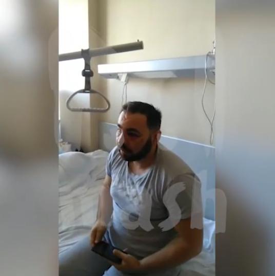 Виктор Соловьев в больнице после нападения футболистов. Фото Mash