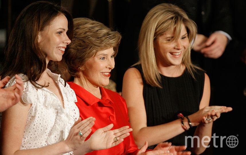 архивные фото. Лора Буш и ее дочери. Фото Getty