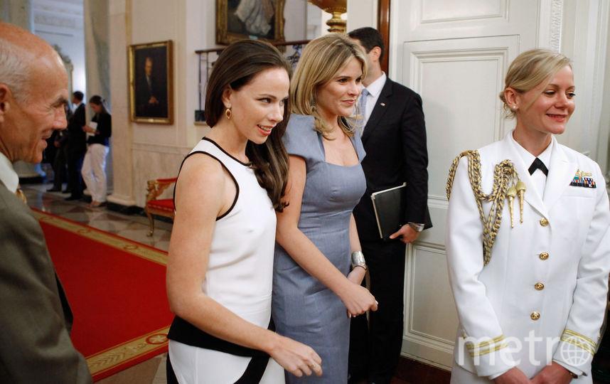 архивные фото. Барбара и Дженна Буш. Фото Getty