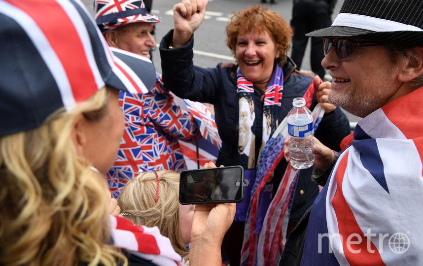 Британцы отмечают свадьбу принцессы Евгении. Фото Getty