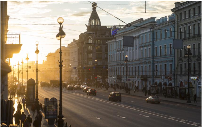 "Невский проспект. Фото Святослав Акимов, ""Metro"""