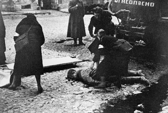 Кадры фотохроники времен блокады Ленинграда. Фото Wikipedia