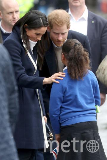 Меган Маркл и Гарри всегда очень приветливы с детьми. Фото Getty