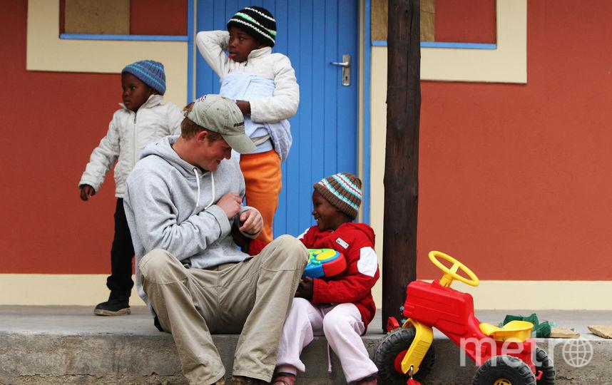 Гарри в душе ребенок, поэтому его так обожают дети. Фото Getty