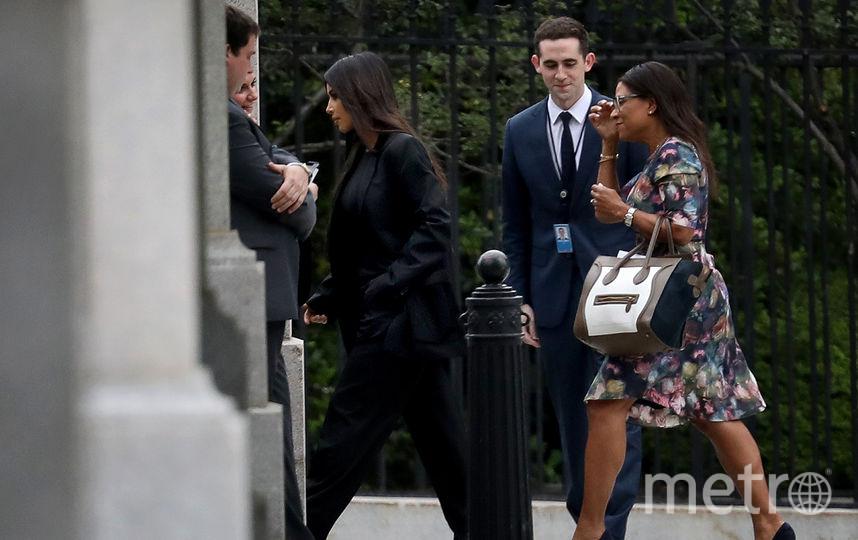 Ким Кардашьян входит в Белый дом, чтобы побеседовать с Дональдом Трампом. Фото Getty