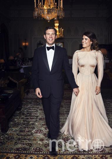 Принцесса Евгения и Джек Бруксбэнк. Фото Букингемский дворец, Алекс Брамалл, AFP