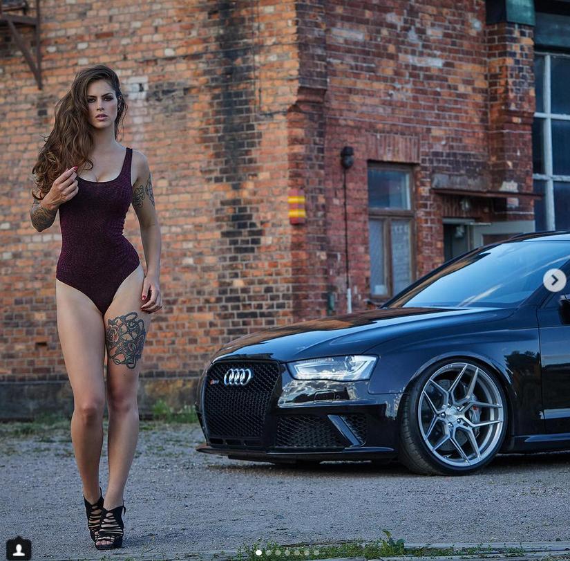 Вышел авто-календарь Miss Tuning 2019. Фото скриншот www.instagram.com/tuningworld_bodensee/