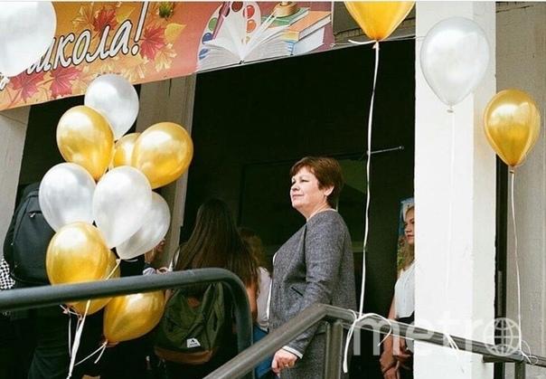 """Взгляд гордости за учеников. Фото Татьяна Сокол, """"Metro"""""""