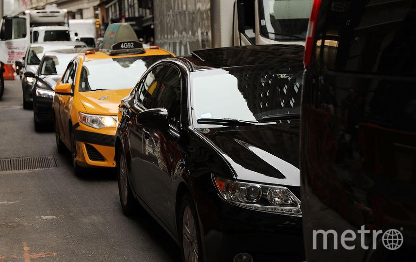 Водителя такси в Нью-Йорке обвиняют в похищении женщины и в мошенничестве. Фото Getty