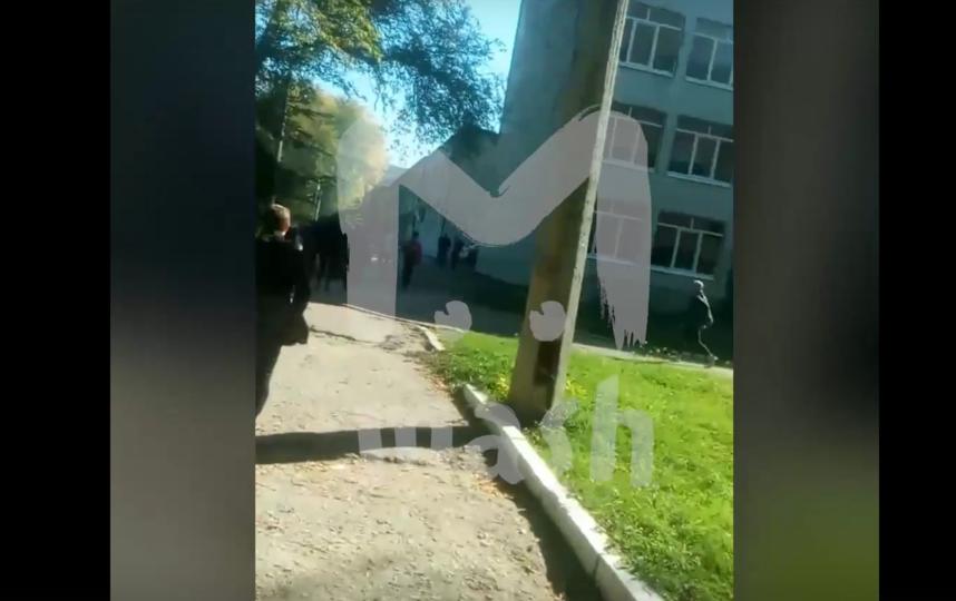 Грохот взрыва и стрельба: в Сети опубликовали видео, когда нападение началось. Фото скриншот видео Telegram-канал Mash