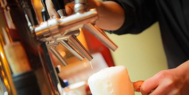 Опасения многих потребителей о том, что в пиво могут попасть вредные вещества из алюминиевой или пластиковой упаковки, например, фталаты, не подтвердились.