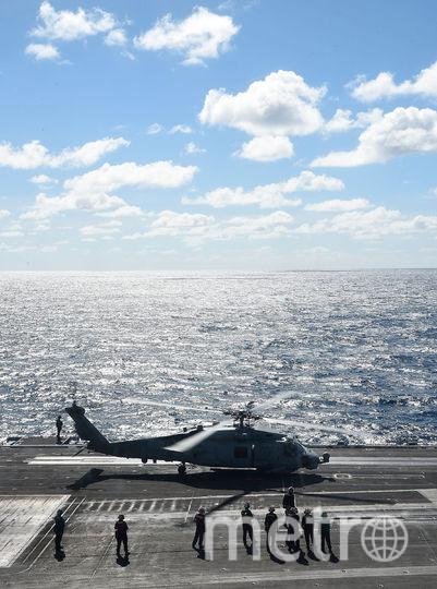 "Вертолёт MH-60 Seahawk на палубе атомного авианосца ""Рональд Рейган"". Фото Getty"
