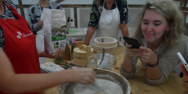 В Эстонии научат печь хлеб.