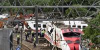 Момент крушения поезда на Тайване попал на видео