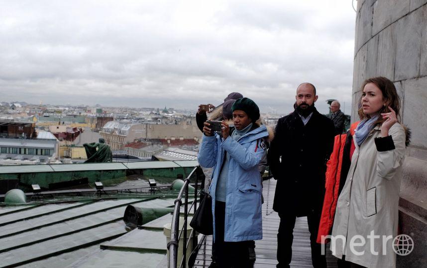 """Папуасы приехали в гости к Маклаю в Петербург. Фото Алена Бобрович., """"Metro"""""""