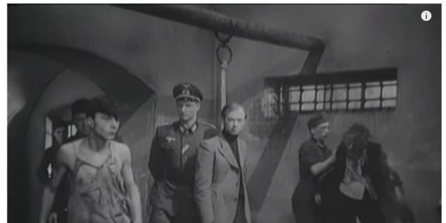 Сцена допроса молодогвардейцев. Никто товарищей не выдал.