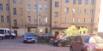 В центре Петербурга жители ведут борьбу с плиткой