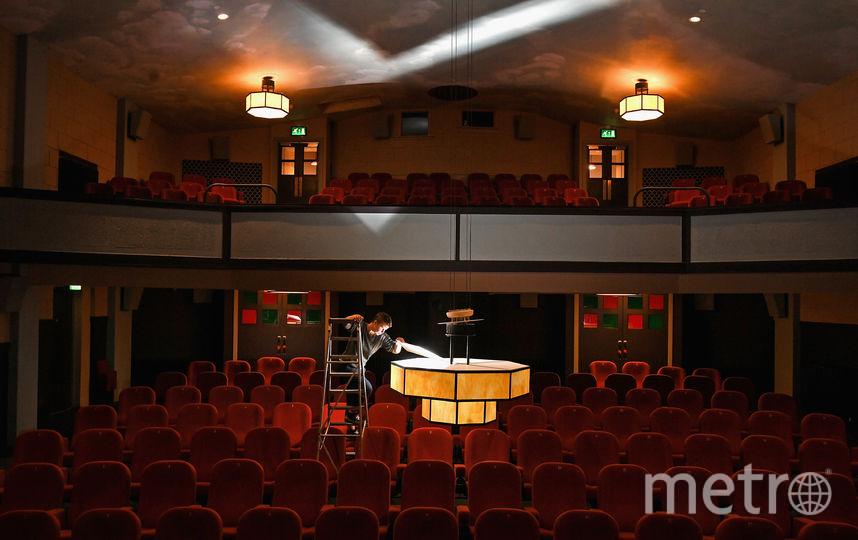 Перед просмотром фильма и перед походом в театр всегда лучше начать с книги. Фото Getty