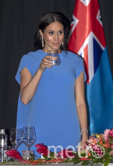 Меган Маркл в эффектном синем платье. Фото Getty