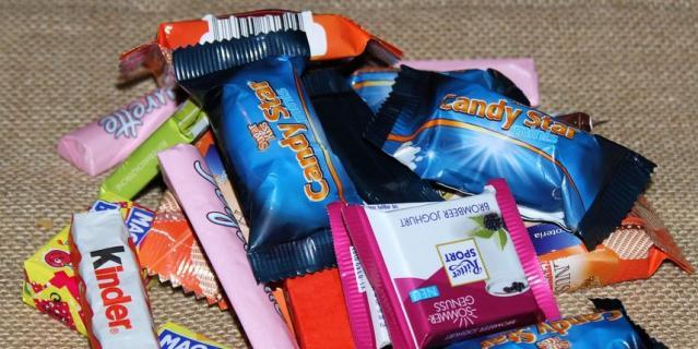 По словам Жириновского, в нездоровых пищевых привычках населения есть вина работников рекламы.