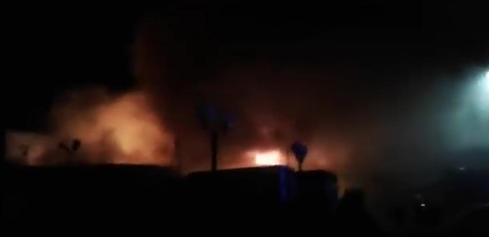 Крупный пожар в Астраханской области потушили. Фото Все - скриншот YouTube