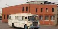 Уникальный автобус прибыл в Петербург на реставрацию