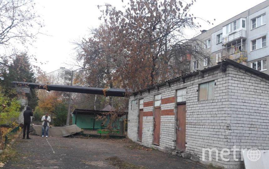 Рухнувший на детский сад автокран. Фото http://nnovgorod.sledcom.ru