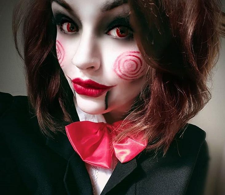 Страшно и откровенно: Instagram завоевали образы к Halloween. Фото скриншот соцсети