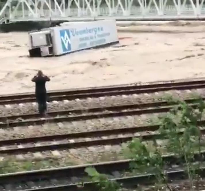 Катастрофа просто: жители Краснодарского края делятся пугающими фото. Фото скриншот видео www.instagram.com/sochi_online_2.0/