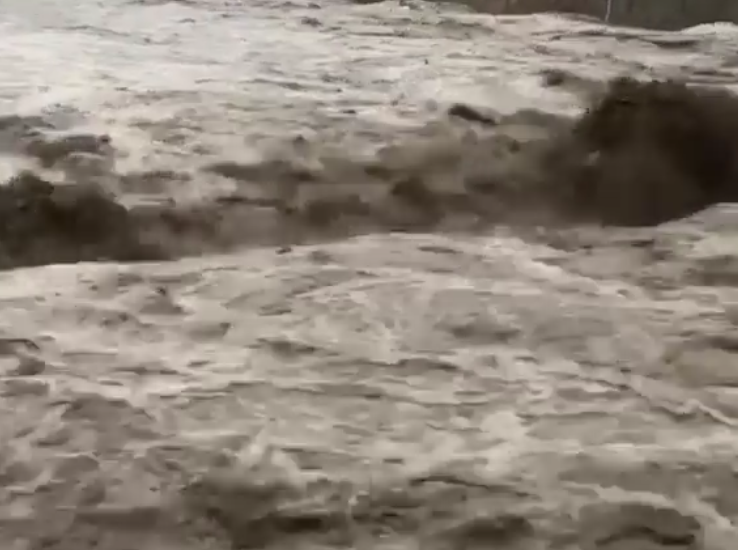 Катастрофа просто: жители Краснодарского края делятся пугающими фото. Фото скриншот видео www.instagram.com/sirats_gevo/