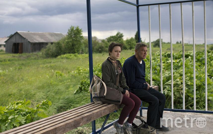 """Кадры из фильма """"Два билета домой"""". Фото КиноДело, kinopoisk.ru"""