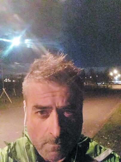 Тобин обожает бег и не представляет свою жизнь вне Петербурга. Фото  facebook.com