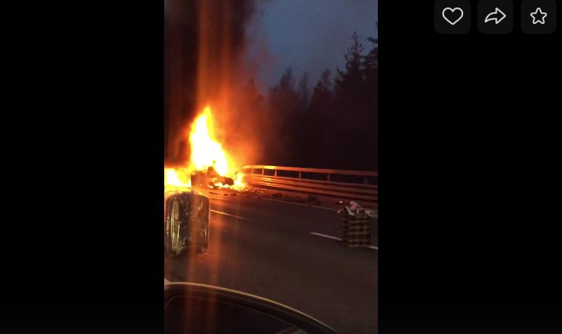 В Сети появились видео страшной аварии на ЗСД. Фото скриншот видео vk.com/spb_today