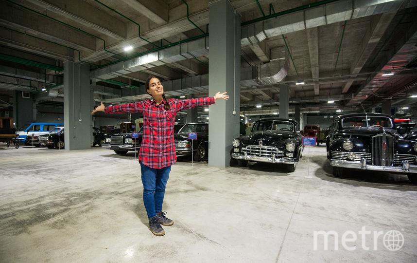 """Транспортные средства: автомобили, коляски и мотоциклы переехали первыми. Фото Игорь Генералов, """"Metro"""""""