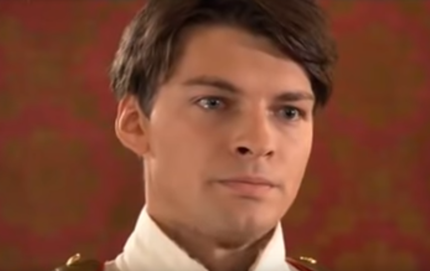 """Сериал """"Бедная Настя"""". Даниил Страхов. Фото Скриншот Youtube"""