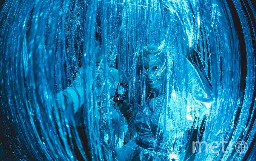 """Пять тысяч гостей и сотни актёров заняли семиэтажную гостиницу: там оживили затонувший """"Титаник"""". Фото AfterHalloween, Предоставлено организаторами"""