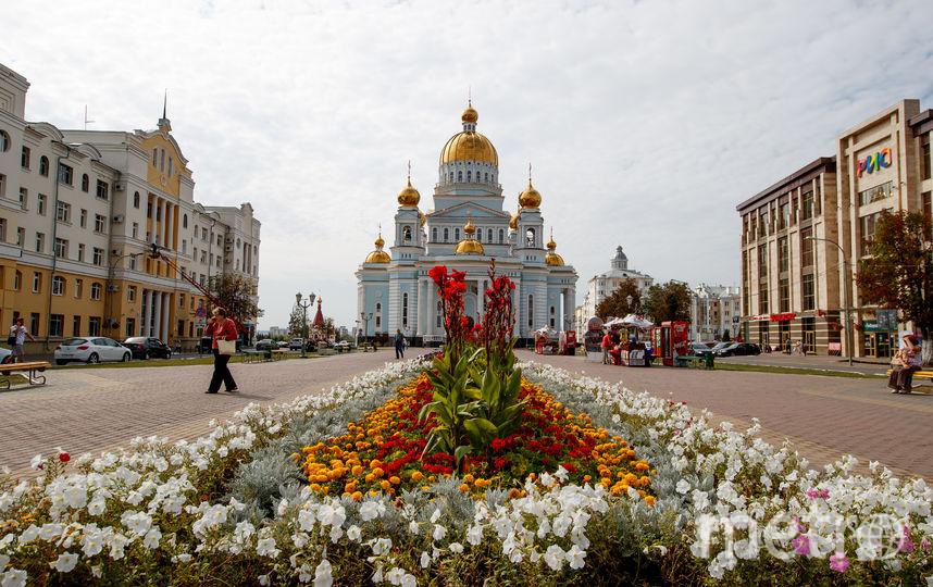 Храм Ушакова - центр Саранска. Возле него была сосредоточена главная пешеходная зона ЧМ. Фото Getty