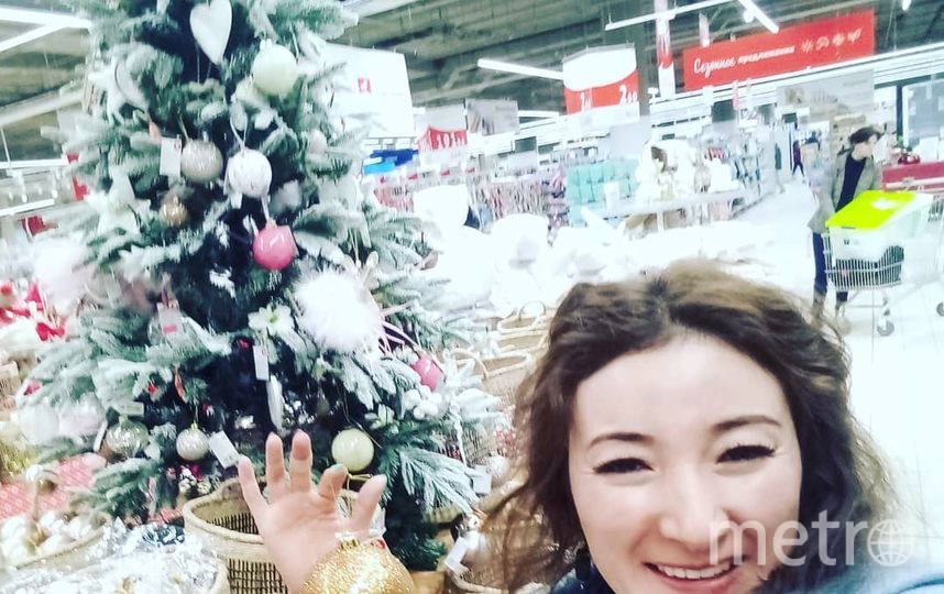 Лаура закупается к Новому году. Фото instagram.com/lauraakylbaeva