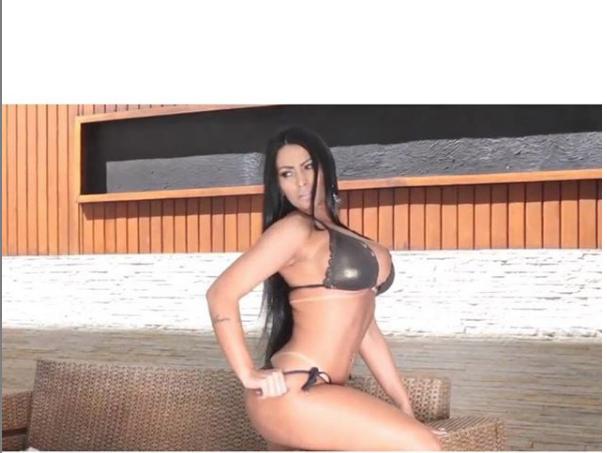 """Эллен Сантана - победительница конкурса """"Мисс Бум-Бум-2018"""". Фото https://www.instagram.com/ellensantanaoriginal/, """"Metro"""""""