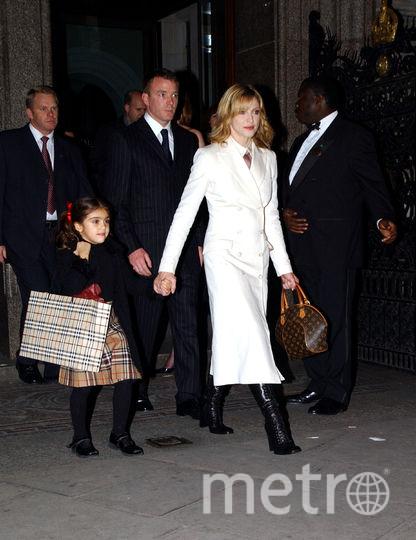 Мадонна с Гаем Ричи и дочкой Лурдес. Фото Getty