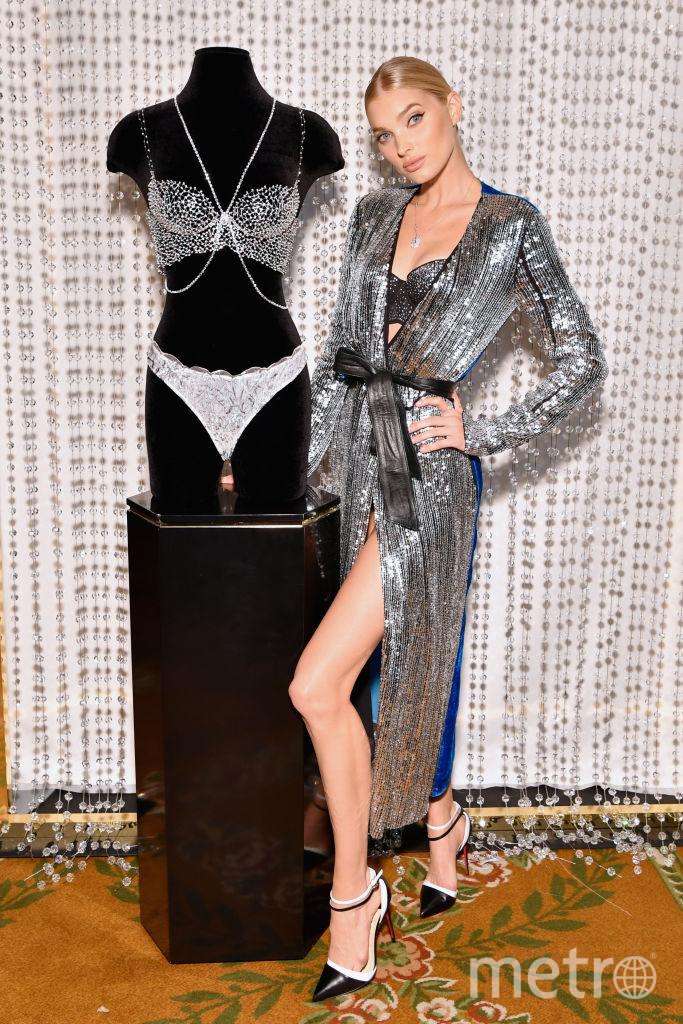 Накануне шоу Victoria's Secret в 2018 году - Эльза Хоск представила фантазийный бра, который покажут на знаменитом ежегодном шоу. Фото Getty