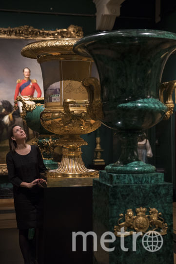 Первые фото выставки в Лондоне. Фото Getty