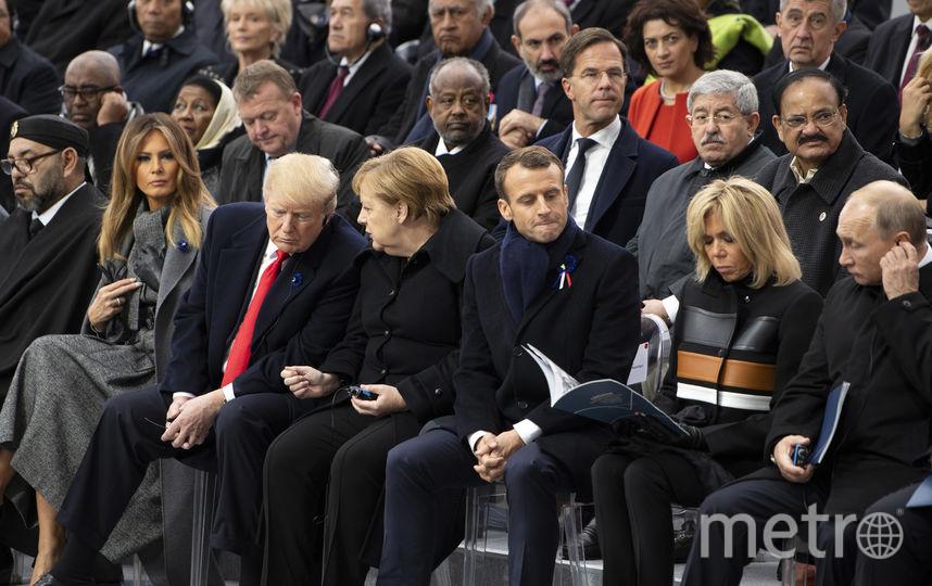 Воскресная церемония во Франции на фоне Триумфальной арки. Фото Getty