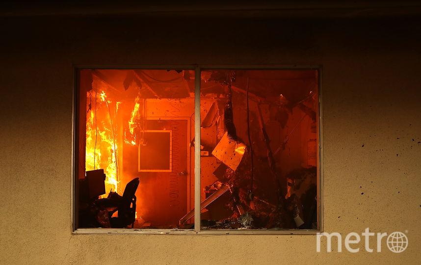 Пожар произошёл в понедельник вечером, 12 ноября. Фото Getty