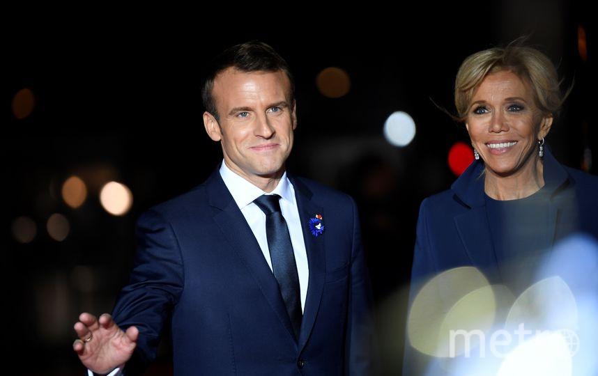Эммануэль Макрон с супругой Бриджит. Фото AFP