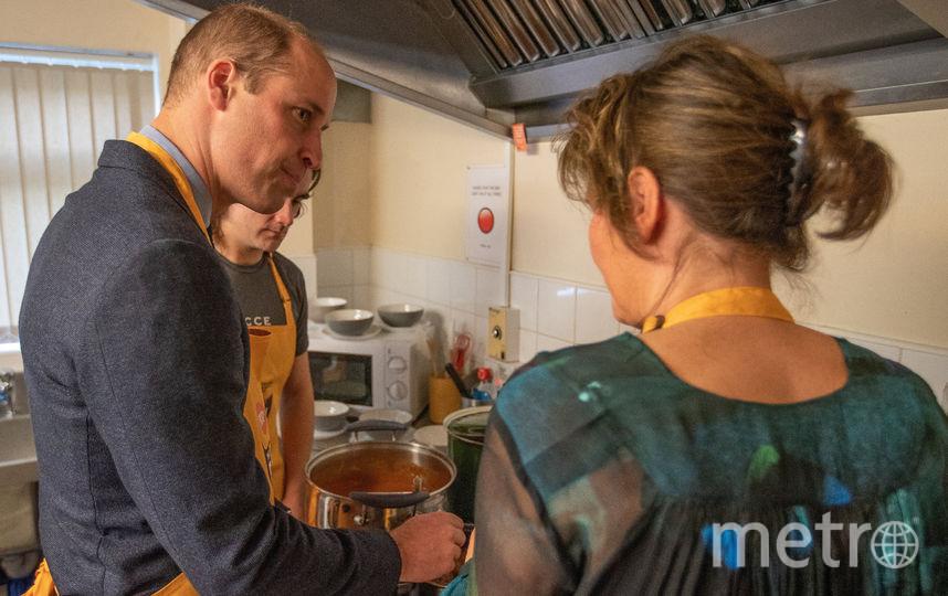 Пара посетила благотворительную организацию 14 ноября. Фото Getty