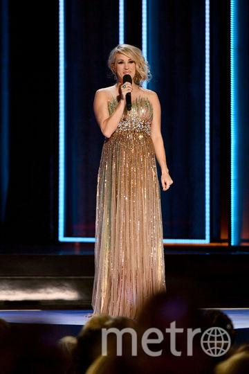 Керри Андервуд сменила на сцене несколько нарядов. Фото Getty