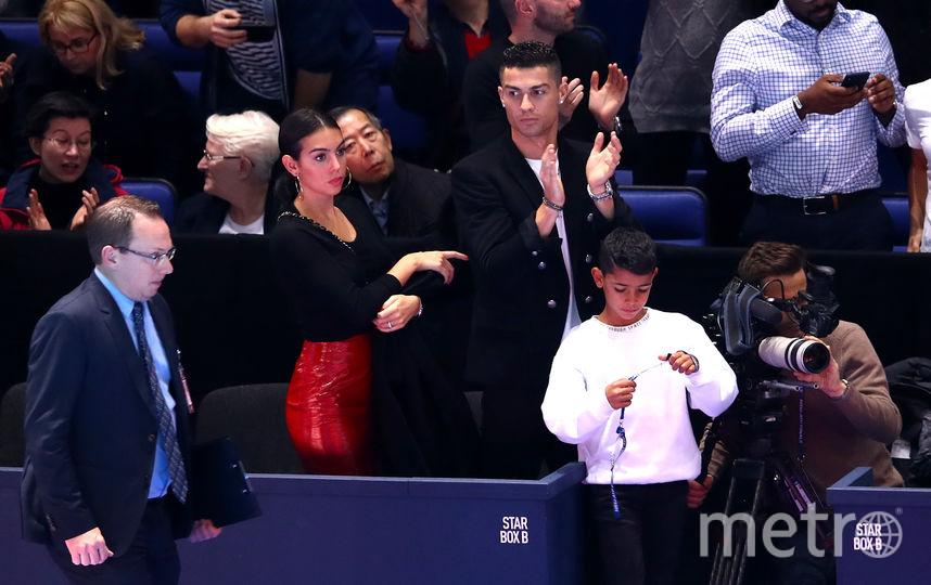 Криштиану Роналду с сыном и Джорджина Родригес. Фото Getty